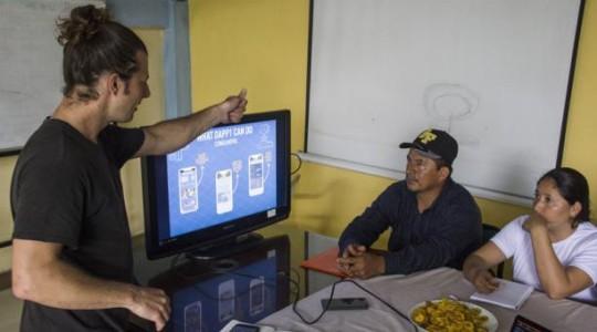 Los productores reciben talleres y capacitaciones sobre el manejo del nuevo sistema. Foto: El Comercio