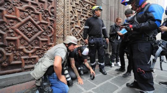 Foto Archivo: Fotógrafos y periodistas fueron agredidos por la Policía. - Foto: EFE