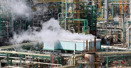 Firmas de Corea del Sur y EE.UU. están interesadas en la refinería de Esmeraldas / Foto: EFE