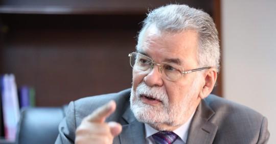El vicepresidente del CNE pide revocar el estatus de dos observadores españoles / Foto cortesía cuenta Twitter Enrique Pita