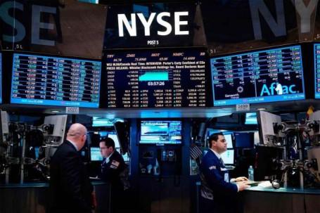 Los bonos soberanos se negocian en el mercado bursátil internacional. Foto: La Hora