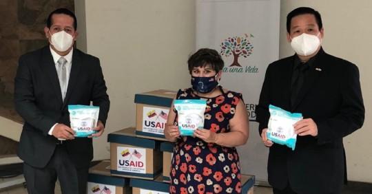 Sangay: EE.UU. entregó 10 mil mascarillas / Cortesía de la Embajada USA