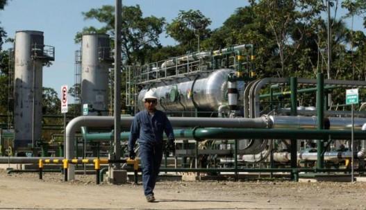 La caída de las precios del petróleo puede afectar en la operatividad de las empresas petroleras. Reuters.