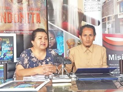 CULTURA. La directora provincial de la CCE y el productor de festival Indómita informaron mediante rueda de prensa detalles del evento. Foto: La Hora