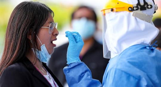 Guayaquil anuncia nuevas restricciones ante aumento de contagios de covid-19 / Foto: EFE