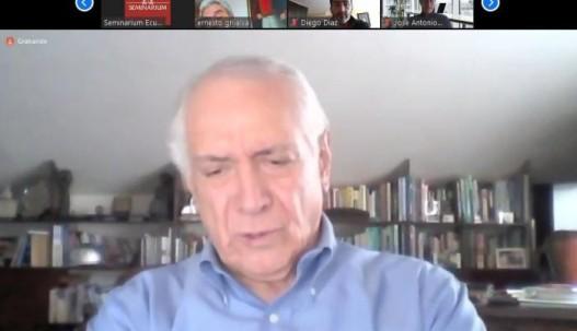 El ministro Ortiz habló sobre el futuro de la industria petrolera tras la pandemia de covid-19. Foto: Expreso