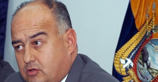 Mauricio Pozo defiende ante la Asamblea el proyecto de Ley de defensa de la dolarización / Foto: EFE