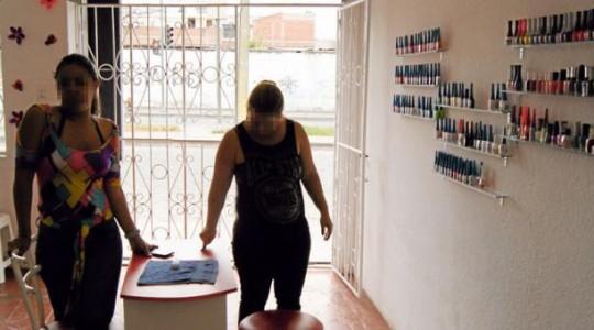 Dos personas que llegaron desde Colombia decidieron radicarse en Ibarra. Foto: Francisco Espinoza / EL COMERCIO