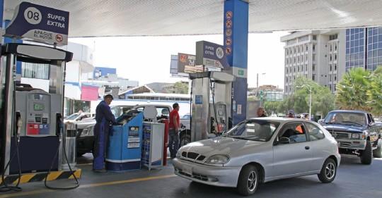 Las gasolinas Extra y Ecopaís suben 8 centavos / Foto: Cortesía del Ministerio de Energía
