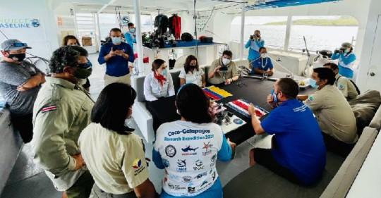 """La expedición de """"migravía"""" marina entre Ecuador y Costa Rica llega a Galápagos / Foto: Cortesía Ministerio de Ambiente"""