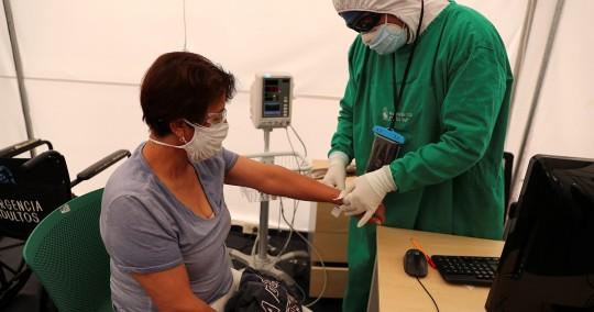 Ecuador suma 542 nuevos contagios de covid-19 y acumula 501.743 positivos / Foto: EFE
