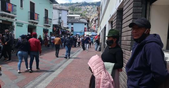 Ecuador afronta sus Navidades más tristes con una fuerte caída del comercio / Foto: EFE