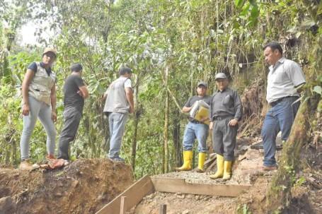 El alcalde inspeccionó los trabajos. Foto: La Hora