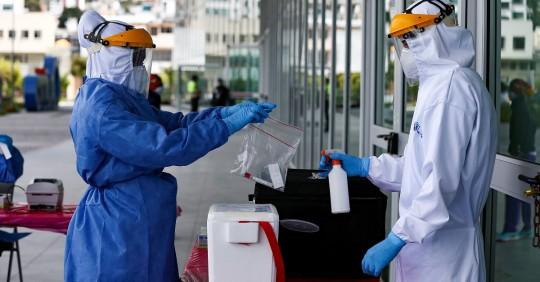 Gobierno anuncia retraso en llegada de vacunas contra covid-19 / Foto: EFE
