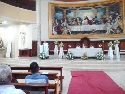 Con 34,2 metros cuadrados, la pintura cubre todo el ancho de la pared posterior, sobre el altar de la catedral zamorana. Foto: El Mercurio