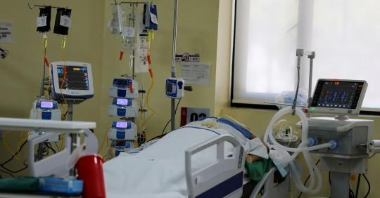 Ecuador registra 142.056 positivos y 11.702 fallecidos por Covid-19 / Foto: EFE