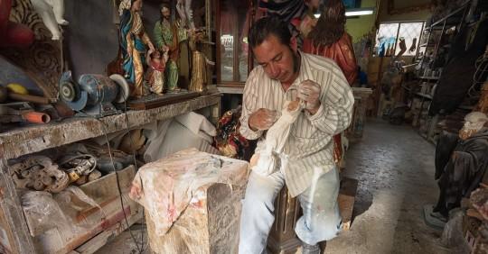 Tallado en madera va a lista representativa de patrimonio cultural en Ecuador / Foto: Shutterstock