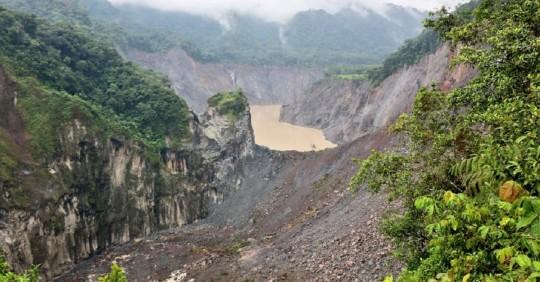 Represamiento del río Coca provoca temor / Foto: cortesía de la Secretaría Nacional de Gestión de Riesgos (SNGR)