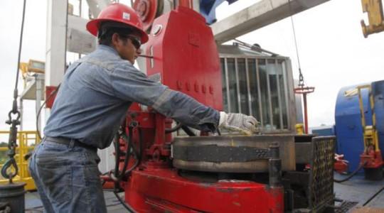 El bombeo de petróleo de campos estatales como Sacha mejoró en este 2019. Foto: El Comercio