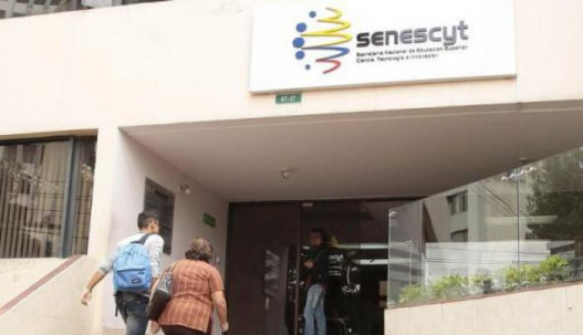 La Senescyt tiene la tarea de cumplir la promesa de Lenín Moreno. Foto: Expreso