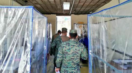 El ministro de Defensa, Oswaldo Jarrín, dijo que este 2020 no se realizará la convocatoria al acuartelamiento, ante la emergencia sanitaria del covid-19. Foto: Twitter Ejército Ecuatoriano