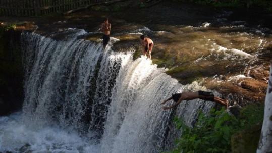 Cascadas en la Joya de los Sachas - Foto: Expreso