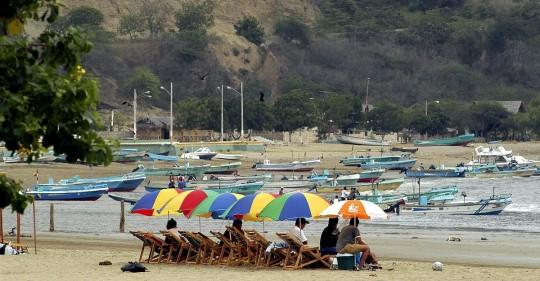 COE pide el cierre de las playas en Semana Santa / Foto: EFE