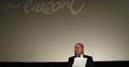 """""""El cine en el cine"""", es el lema del festival que presentará más de treinta películas de dieciséis países europeos, y cuya inauguración tuvo lugar hoy en una sala de proyecciones de Quito, Foto: EFE"""