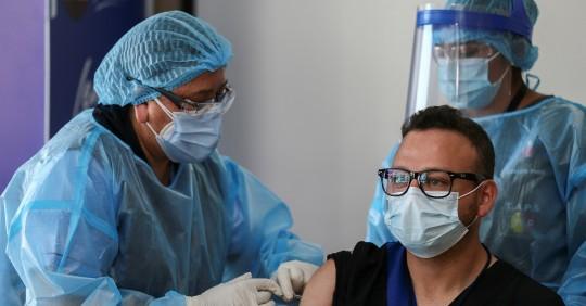 Covid-19: Más de 204.000 vacunados, según el Gobierno / Foto: EFE
