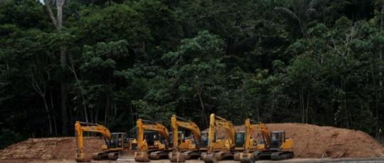 Los bloques de explotacion del parque Yasuni ya tienen maquinaria trabajando en el bloque 31. Foto: La República