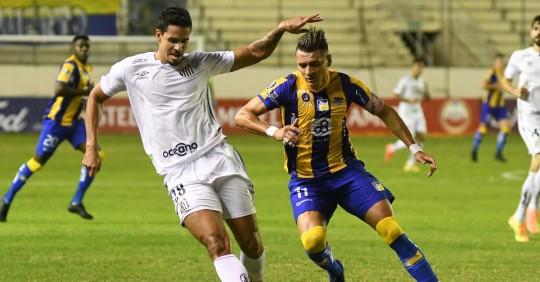 Delfín volvió a perder en la Copa Libertadores / Foto: EFE