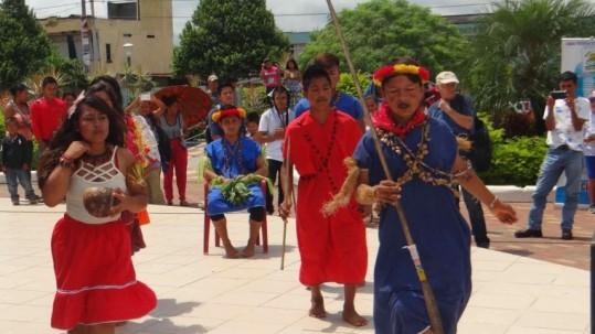 Los siekopais compartieron su danza con el público. Foto: Expreso