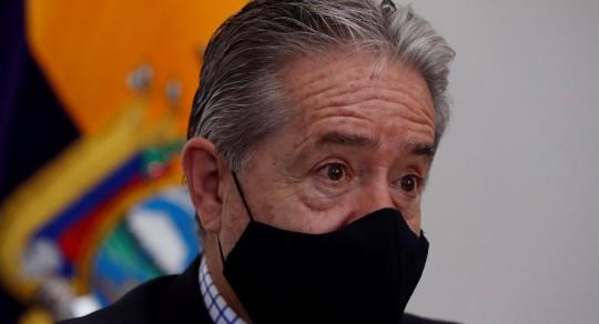 La Fiscalía investiga al ministro Zevallos tras denuncias por vacunas / Foto EFE