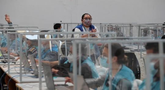 Lasso acorta a 4.252 votos la diferencia con Pérez / Foto EFE