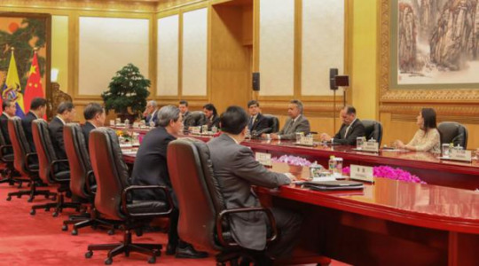 Una comitiva del Gobierno ecuatoriano viajó a China en diciembre pasado para reunirse con autoridades de ese país. Foto: El Comercio