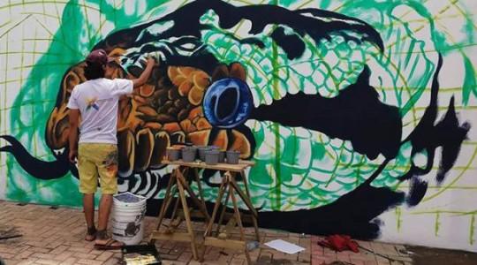 En las obras de Paúl Toledo sobresalen la protección a la naturaleza, la flora y la fauna. También recogen la cultura y las raíces amazónicas. Foto: El Comercio