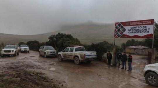 El proyecto Río Blanco, ubicado en Azuay, está paralizado desde el pasado 6 de mayo. Foto: El Comercio