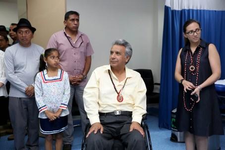 Lenín Moreno visita un centro de salud en la ciudad de Coca, Orellana. Foto: La República