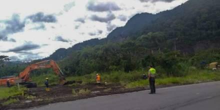 La circulación vehicular Baeza-Lago Agrio está habilitada. Cortesía: Servicio Nacional de Gestión de Riesgos y Emergencias