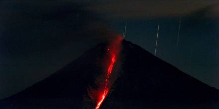 El IG advierte de leve caída de ceniza del Sangay en Morona y Chimborazo / Foto: EFE