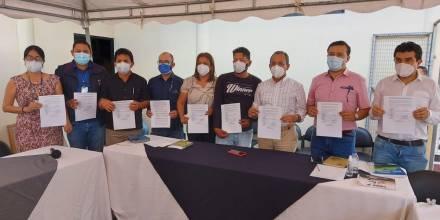 Petroecuador firma convenio con comuna kichwa El Edén en Orellana / Foto cortesía Petroecuador