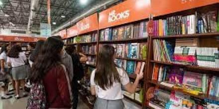 La juventud desbordó la Feria Internacional del Libro de Guayaquil / Foto: Google Images