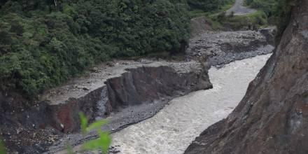 La erosión del río Coca avanza hacia Coca Codo y sigue provocando daños millonarios / Foto El Oriente