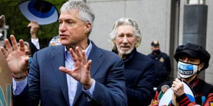 El abogado que demandó a Chevron por la contaminación en Ecuador es declarado culpable de desacato / Foto: Reuters