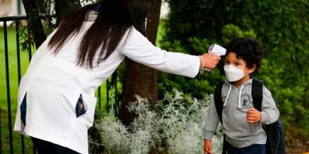 El país ante el dilema del retorno escolar tras 15 meses de clases virtuales/ Foto: EFE