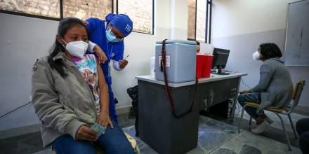 Ecuador suma 75 nuevos contagios por covid-19 y acumula 512.044 casos / Foto: EFE