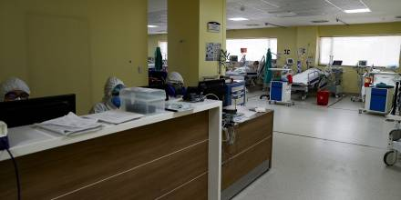 Ecuador suma 386 nuevos contagios de covid-19 y 2 muertes / Foto: EFE