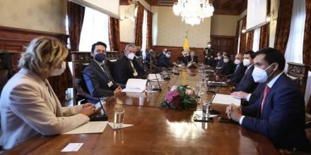 Guillermo Lasso se reunió con el sector minero / Foto: cortesía de la Presidencia