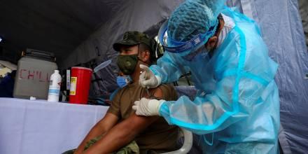 Ecuador ha recibido 1.553.280 vacunas de Pfizer, Sinovac y AztraZeneca hasta el momento / Foto: EFE