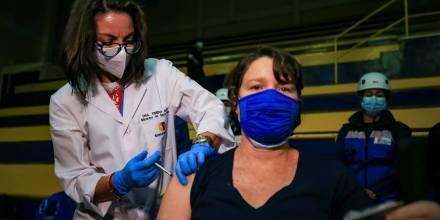 Ecuador suma 324 nuevos contagios y acumula 513.026 casos en la pandemia / Foto: EFE